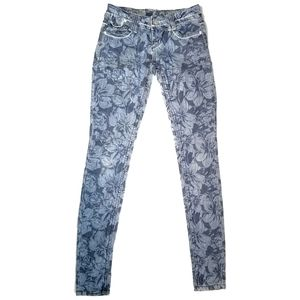 dELiA*s 00 Skinny Jeans Blue with flowers pattern